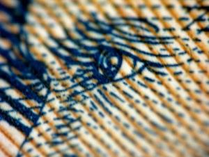 paper_money_macro